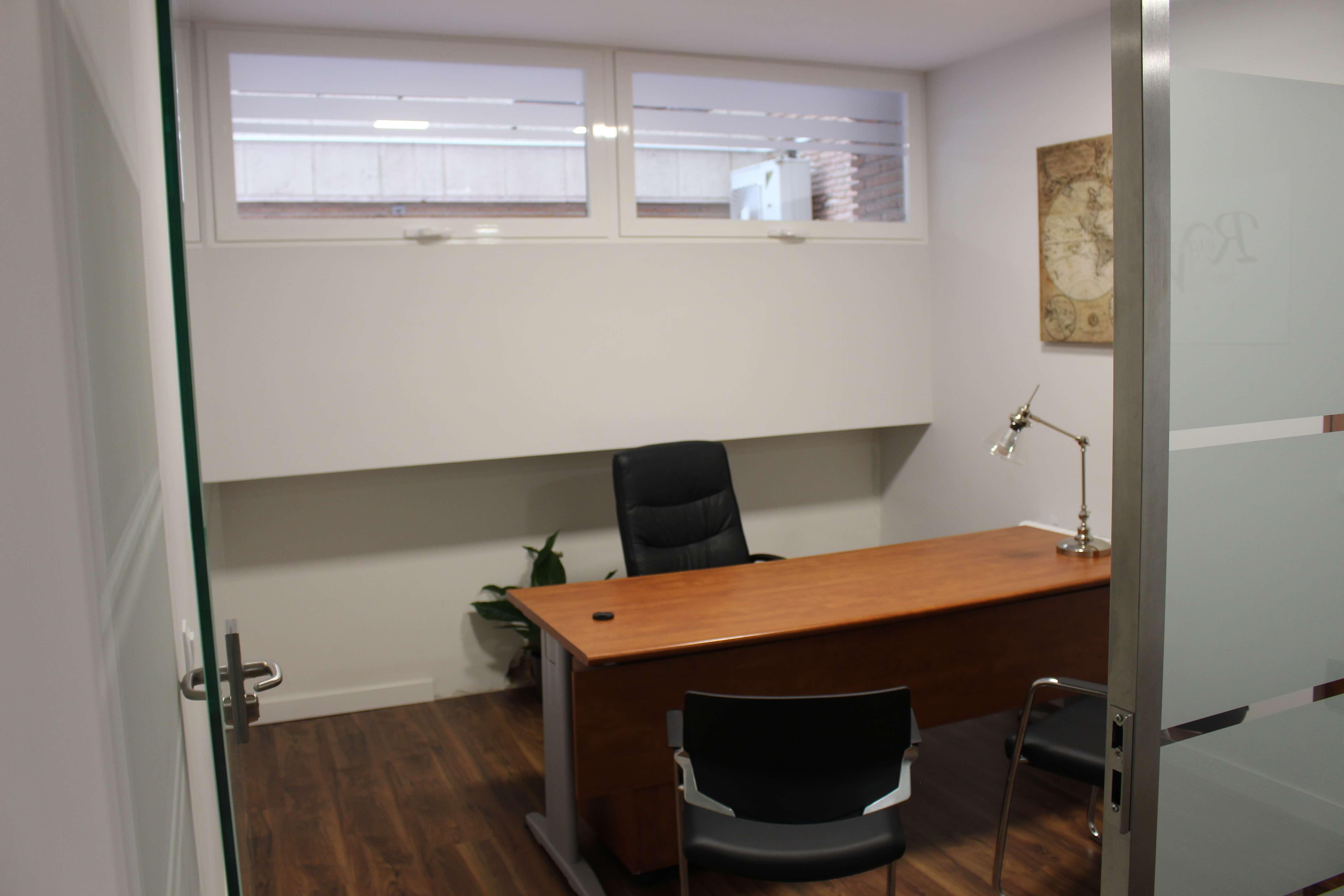 Despacho 2 acristalado