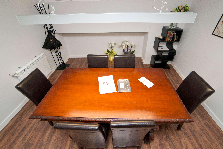 Sala Juntas despacho abogados-Iluminación